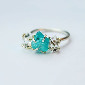 Imagem de Vintage Style Engagement Ring